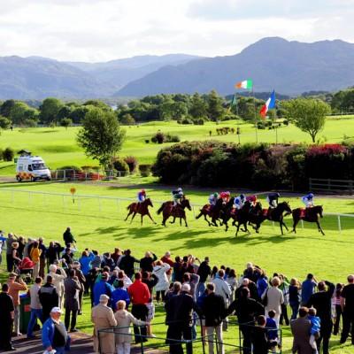 Killarney Holiday Cottages Horse Racing In Killarney